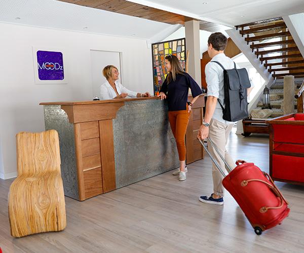 Réception hôtel Vienne 38